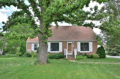 Photo of 9504 N 60th St, Brown Deer, WI 53223
