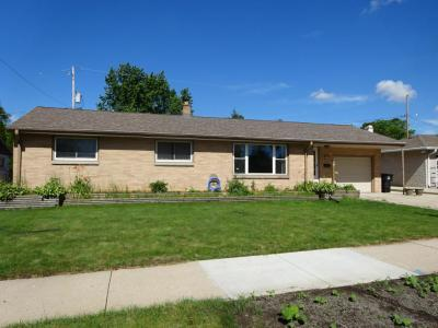 Photo of 5839 S Trinthammer Ave, Cudahy, WI 53110