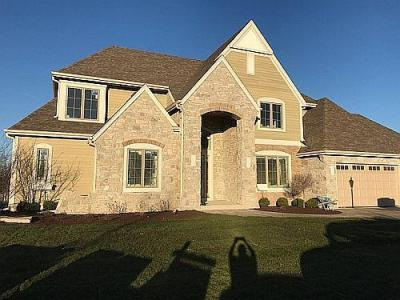 Photo of 4225 Kings Way Ct, Brookfield, WI 53045