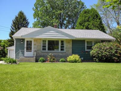 Photo of 1845 E Leroy Ave, St Francis, WI 53235