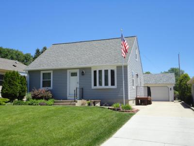 Photo of 4588 S Kansas Ave, St Francis, WI 53235
