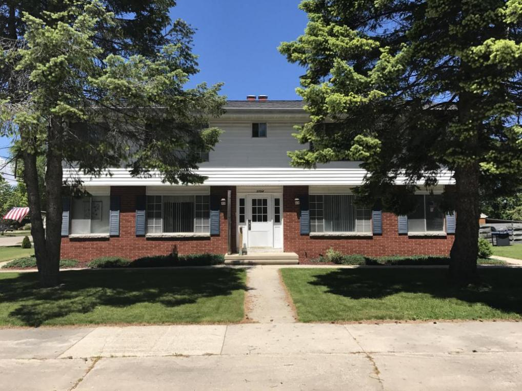 3704 Parkway Blvd, Two Rivers, WI 54241