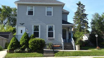 Photo of 611 St Clair St #611a, Manitowoc, WI 54220