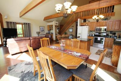 Photo of S77W20818 Twin Ponds Rd, Muskego, WI 53150