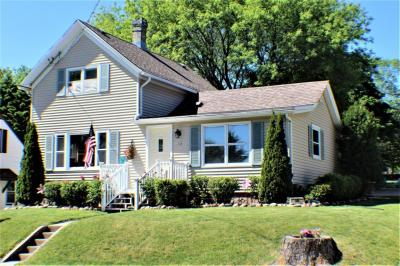 Photo of 154 W Center Ave, Cedar Grove, WI 53013