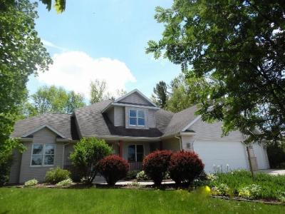 Photo of 3043 Rolling Meadows Dr, Sheboygan, WI 53083