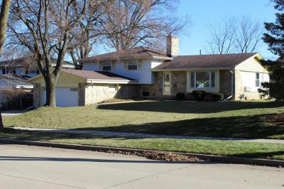 Photo of 3212 S 122nd St, West Allis, WI 53227
