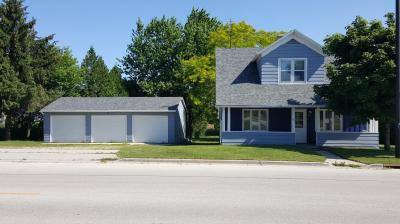 Photo of 80 Center Ave, Oostburg, WI 53070