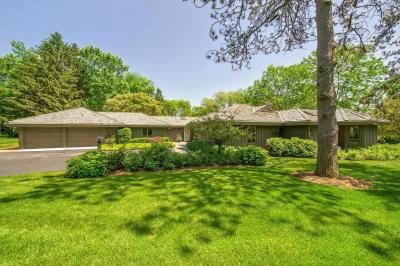 Photo of 1270 W Dean Rd, River Hills, WI 53217
