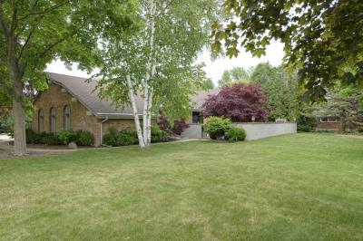 Photo of 7800 N Mohawk Rd, Fox Point, WI 53217