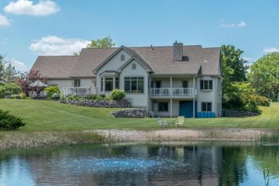 Photo of 2096 N Hickory Ct, Summit, WI 53066
