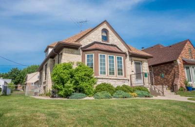 Photo of 1667 S 53rd St, West Milwaukee, WI 53214