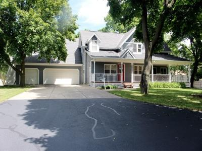 Photo of 2456 S 93rd St, West Allis, WI 53227