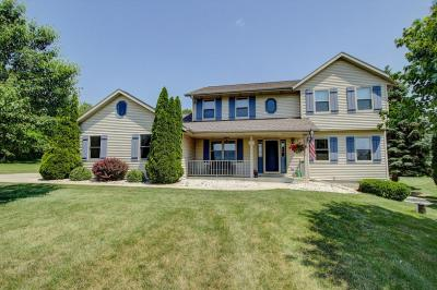 Photo of W310S2736 Wild Rose Ln, Genesee, WI 53188