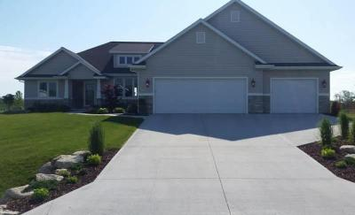 Photo of 5031 Wild Meadow Dr, Sheboygan, WI 53083