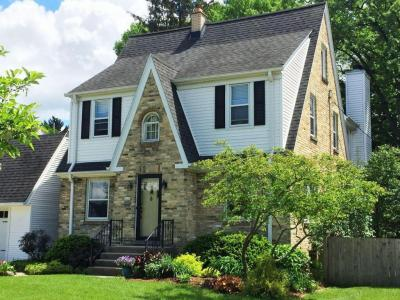 Photo of 8329 Jackson Park Blvd, Wauwatosa, WI 53213