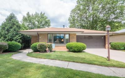 Photo of 2751 S Cleveland Park Dr, West Allis, WI 53219