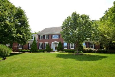 Photo of 13815 Fairfield Ct, Elm Grove, WI 53122
