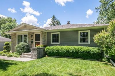 Photo of 5331 Mansfield Dr, Greendale, WI 53129