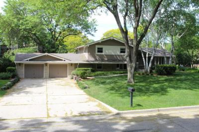 Photo of 3409 N Menomonee River Pkwy, Wauwatosa, WI 53222