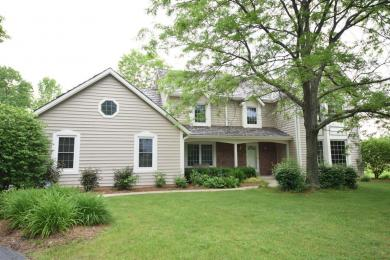 3110 W Woodfield Dr, Mequon, WI 53092