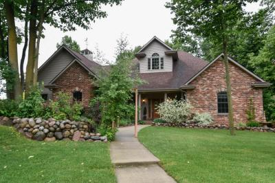 Photo of 1122 Glacier Pass, Slinger, WI 53086