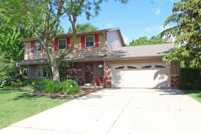 Photo of 3943 S 118th St, Greenfield, WI 53228