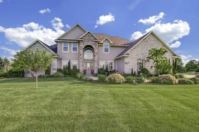 Photo of 6915 Mount Pleasant Dr, Barton, WI 53090
