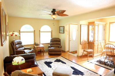 Photo of 718 Millersville Ave, Howards Grove, WI 53083