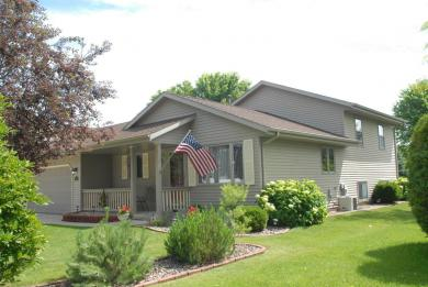 1309 S Indiana Ave, West Bend, WI 53095