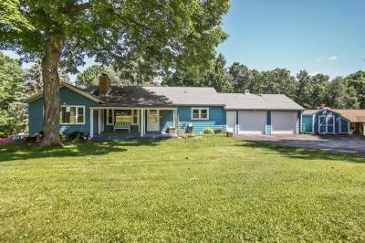 Photo of 2980 Willow Creek Rd, Richfield, WI 53017