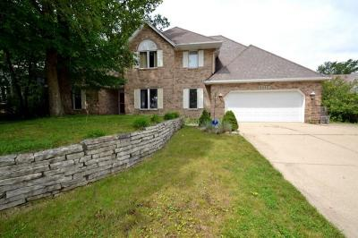 Photo of 5433 S 46th St, Greenfield, WI 53220