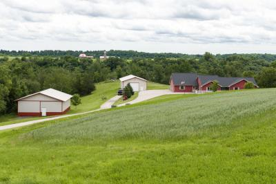 Photo of W3801 State Road 33, Greenfield, WI 54601
