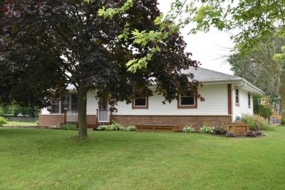 Photo of 200 S Claremont Rd, Saukville, WI 53080