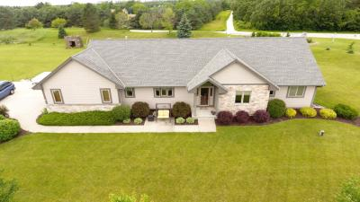 Photo of W349S8047 N Whitetail Dr, Eagle, WI 53119