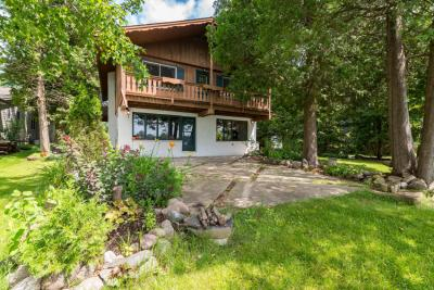 Photo of 1359 Lakeview Rd, Farmington, WI 53090