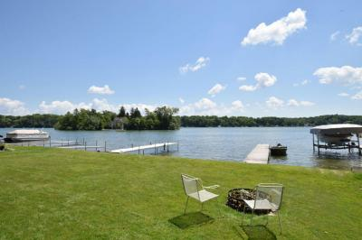 Photo of 5902 N Lake Dr, West Bend, WI 53095