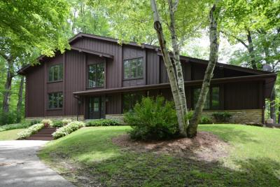 Photo of 5153 Pleasant Hill Rd, Richfield, WI 53027