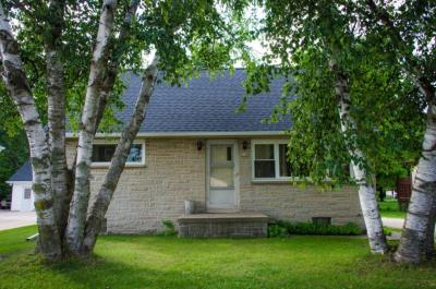 Photo of 440 E Green Bay Ave, Saukville, WI 53080