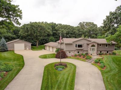 Photo of S43W33844 Deer Park Dr, Genesee, WI 53118