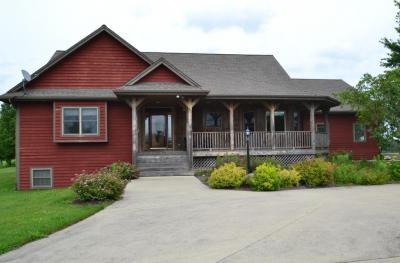 Photo of 4580 Division Rd, Jackson, WI 53095