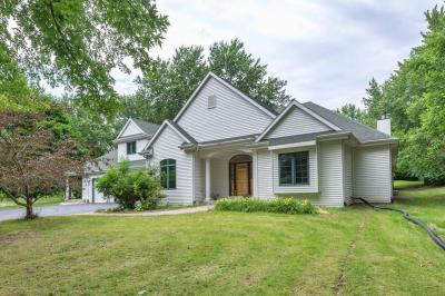 Photo of S30W30206 Sunset Dr, Genesee, WI 53189