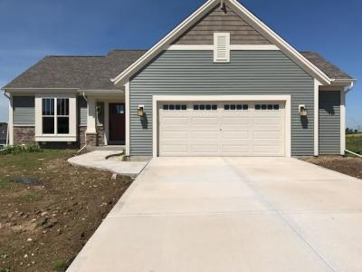 Photo of 615 Mary Way, Slinger, WI 53086