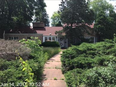 18585 W National Ave, New Berlin, WI 53146