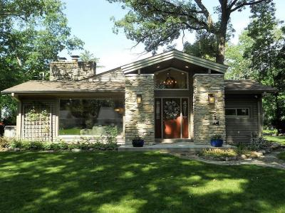 Photo of 1675 N 122nd St, Wauwatosa, WI 53226