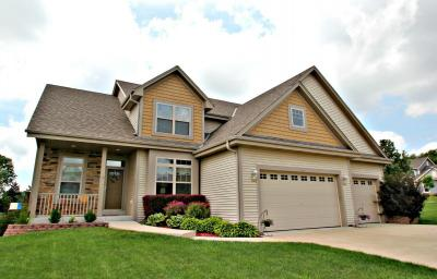 Photo of 9409 S Southwood Ct, Franklin, WI 53132