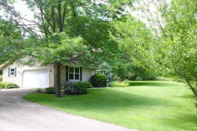 Photo of S63W34781 Piper Rd, Eagle, WI 53119