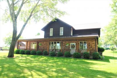 Photo of 4131 S 112th St, Greenfield, WI 53228