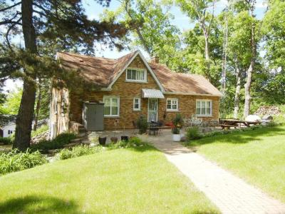 Photo of N1944 Bluff Ln, Lake Geneva, WI 53147