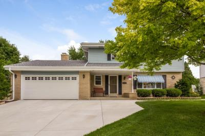 Photo of 3222 S 121 St, West Allis, WI 53227